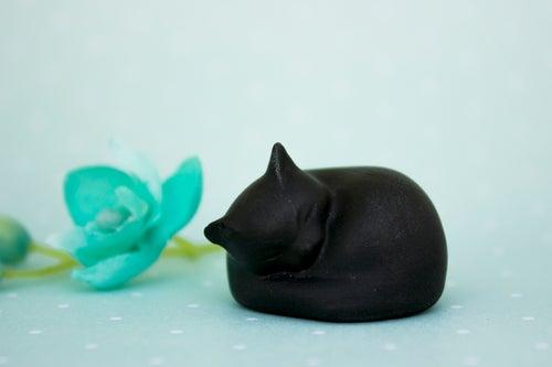 Image of Black Cat Figurine