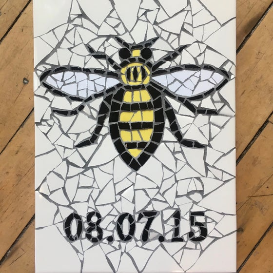 Image of MANCHESTER WORKER BEE / Wedding / Birthday / Graduation