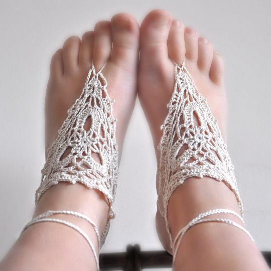 Image of PATTERN ONLY (PDF File) -  barefoot crochet sandals, soleless, beach, accessories, how to make