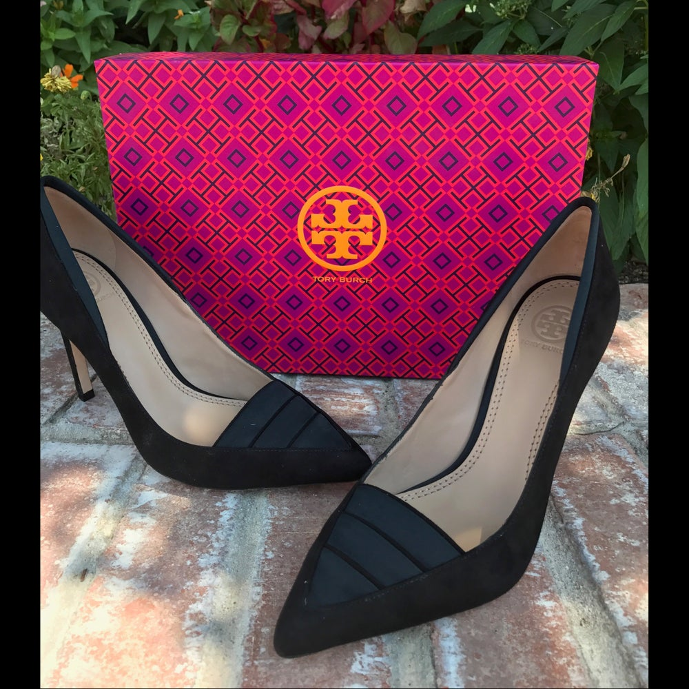 Image of TORY BURCH WILTSHIRE NUBUCK/SATIN PUMP 7.5