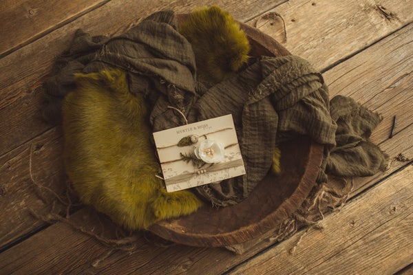 Image of Evergreen Wrap, Fur and Tieback Set