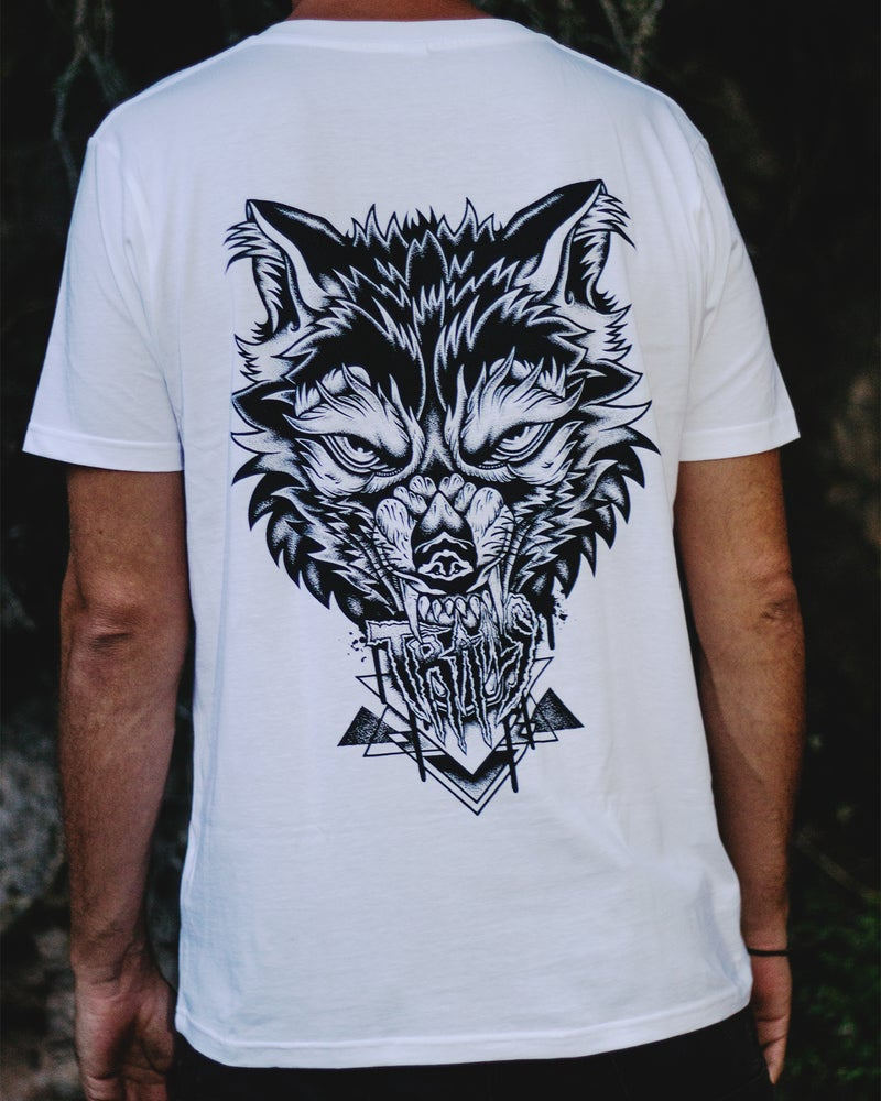 """Image of """"TRAILS WOLF"""" TEE"""