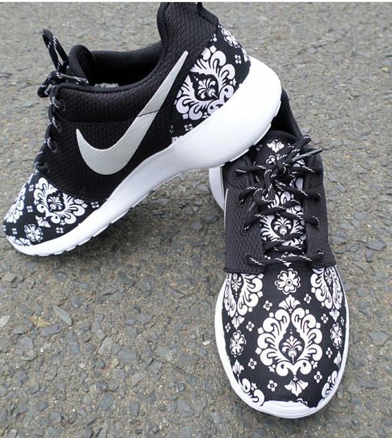 "Image of Custom Nike Roshe Run ""Victorian """
