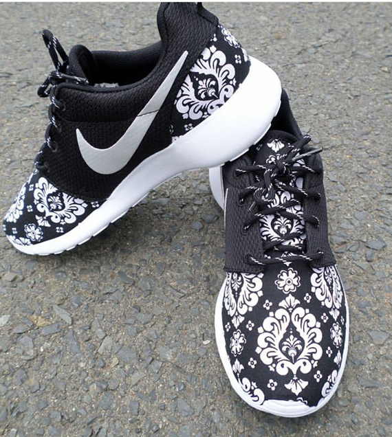 "Image of Custom Nike Roshe Run ""Victorian """
