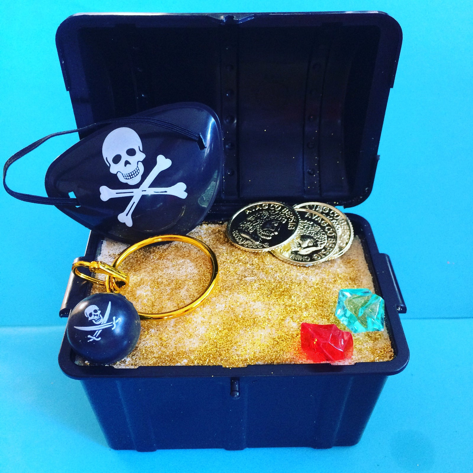 mega pirate u0027s treasure chest toy surprise bath bomb the b bomb