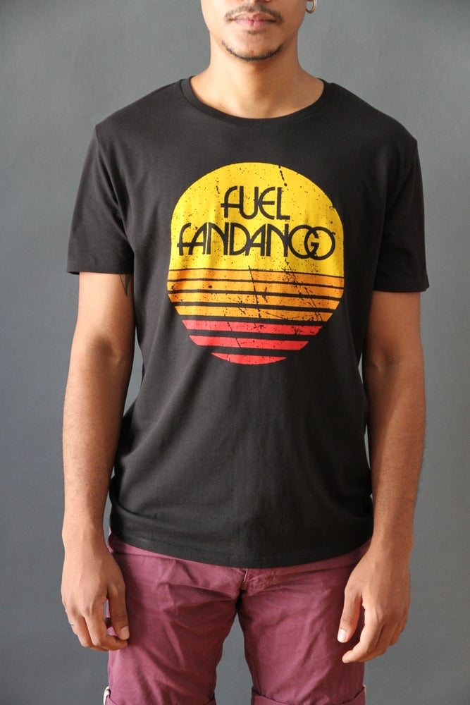 Image of Camiseta Hombre Sol