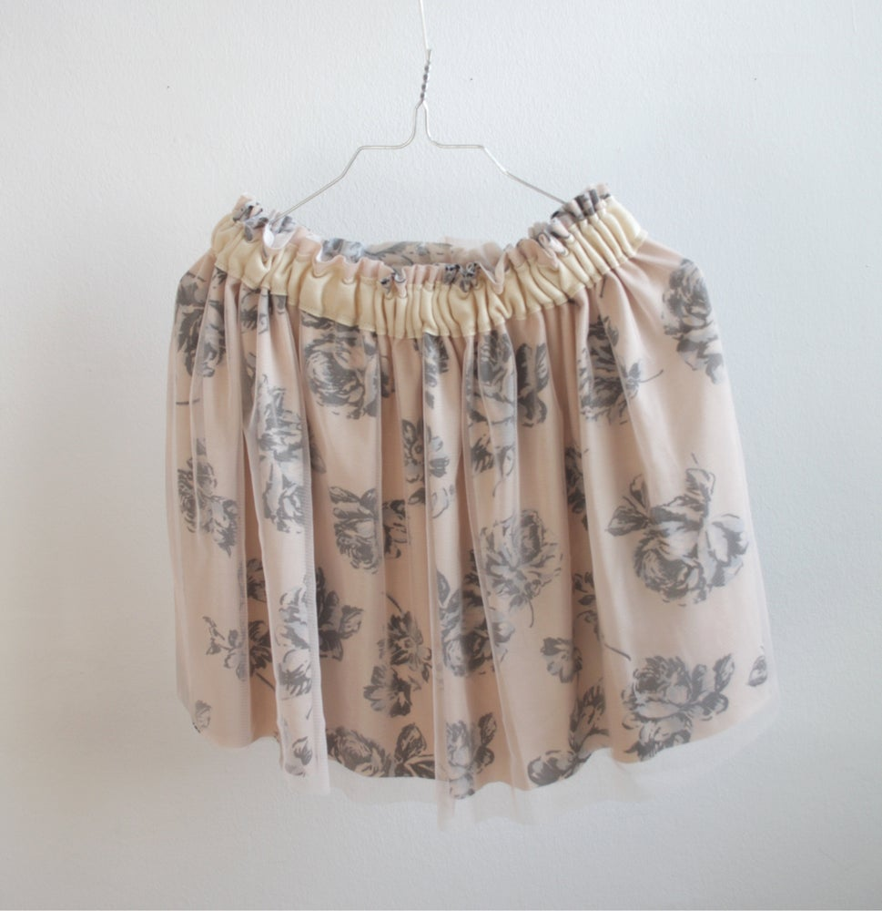 Image of Tulle Skirt-cream flowers