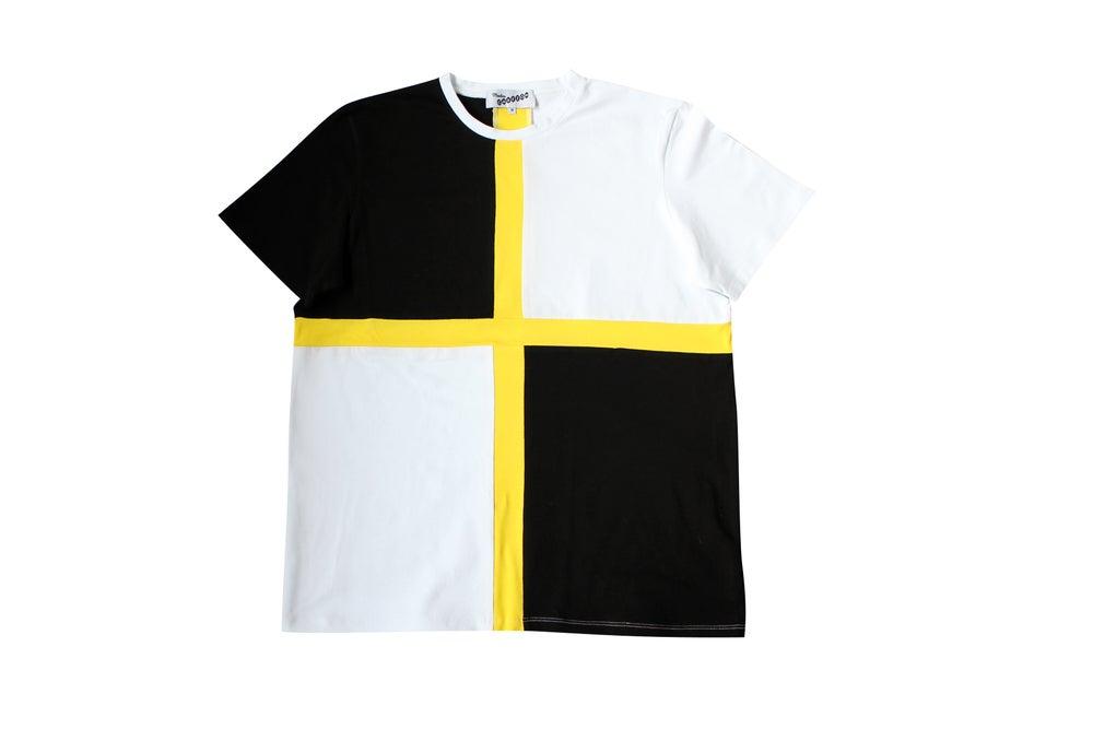 Image of Camiseta piezas negra, blanca y amarillo. Piezes t-shirt. OFERTA!