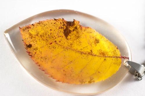Image of Autumn Leaf Pendant - Large #1