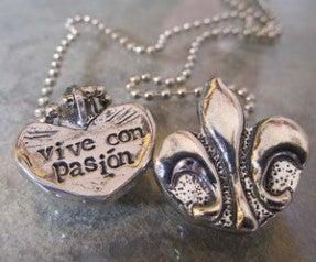 Image of Vive con Pasion  pewter pendant