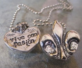 Image of Vive con Pasion  pewter pendant
