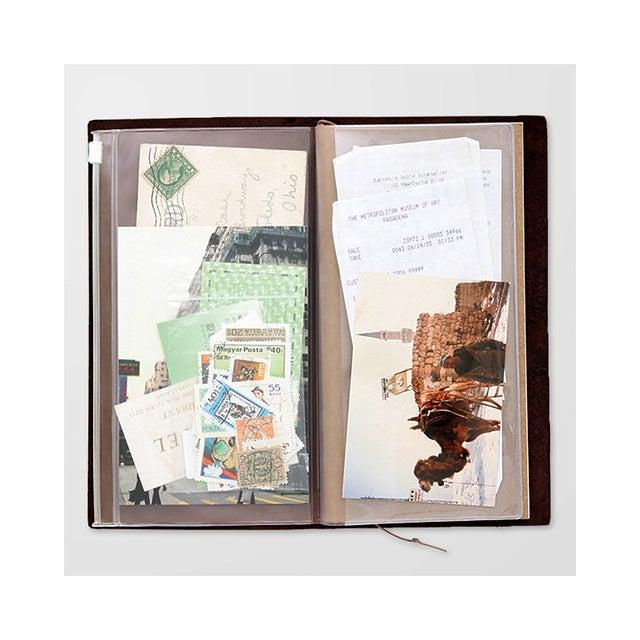 Image of TRAVELER'S notebook Regular Zipper Pocket Refill 008