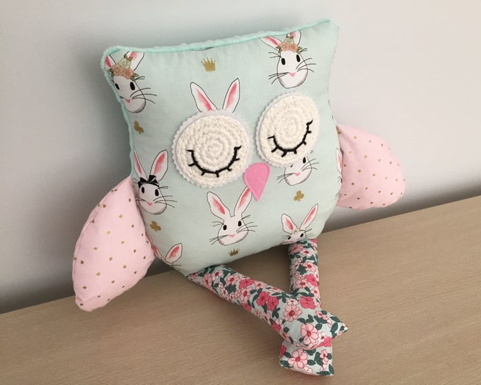Image of Decor Owl Cushion - Bonnie