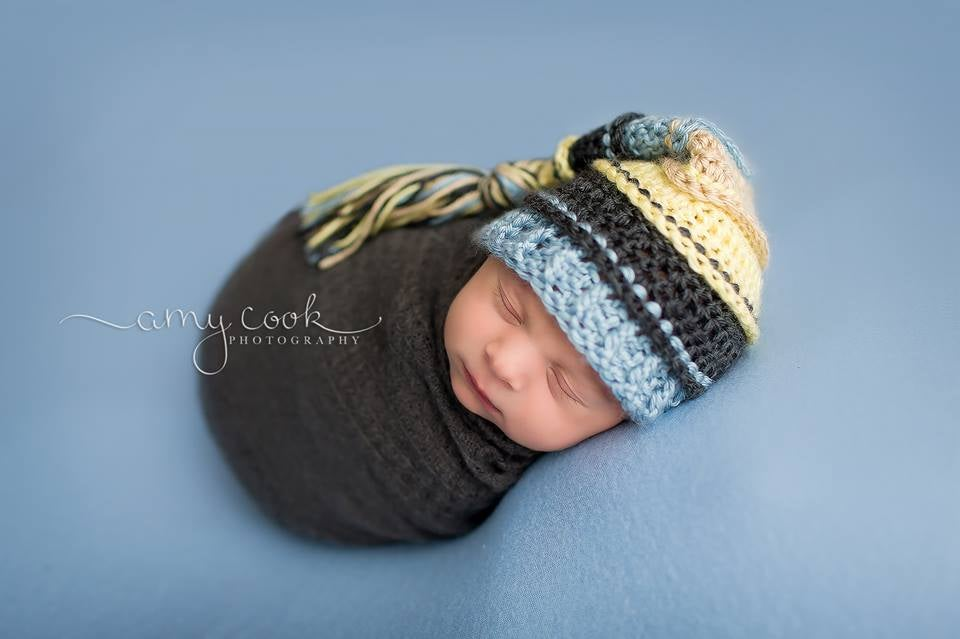 Image of Baby Maize, Charcoal, Light Country Blue and Bone Tassel Hat