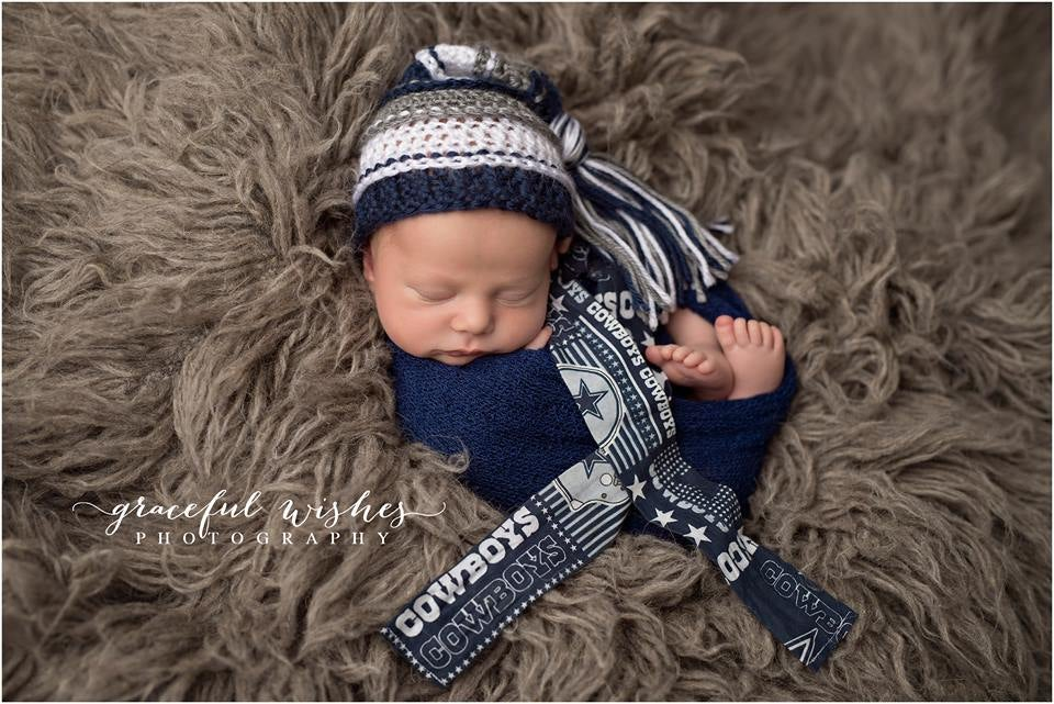Image of Navy, Gray and White Tassel Hat