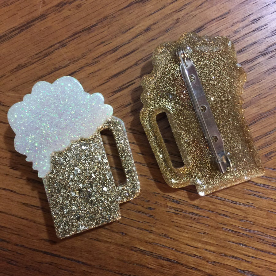 Image of Glitter Resin Beer Brooch