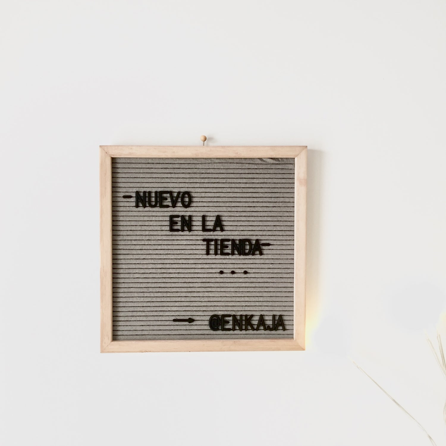 Image of Letterboard pequeña gris