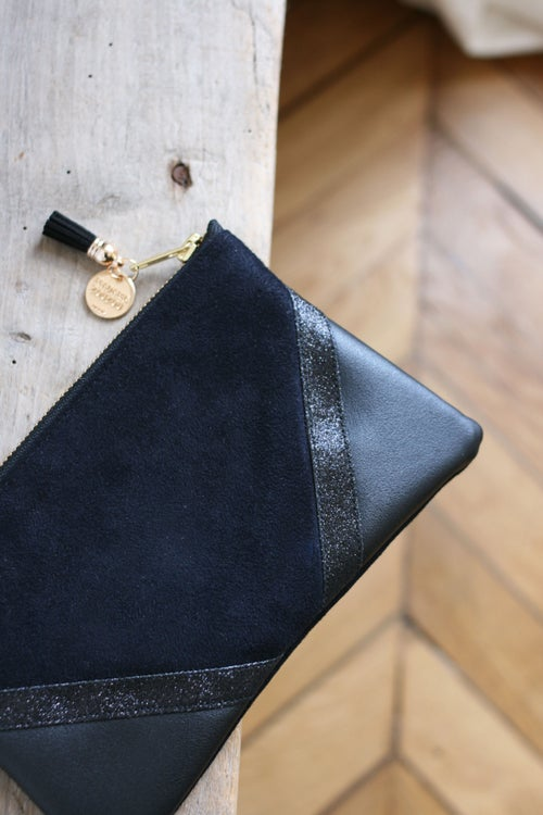 Image of Pochette *CHIARA* noire.  -10% (23,4 euros au lieu de 26)