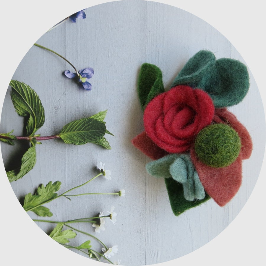 Image of FELT CORSAGE - BROOCHES