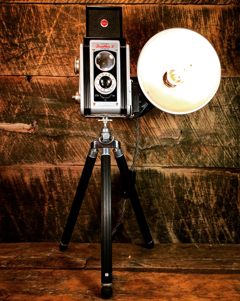 Image of Kodak Duaflex II Camera Lamp w/ Tripod