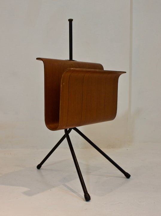 Image of Bent Ply Magazine Rack, Italy 1950s