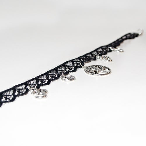Image of Lace choker