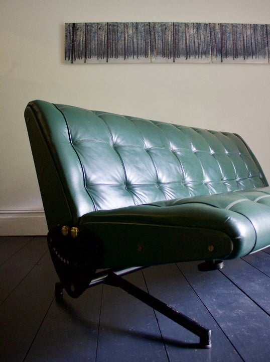 Image of D70 Leather Sofa by Osvaldo Borsani