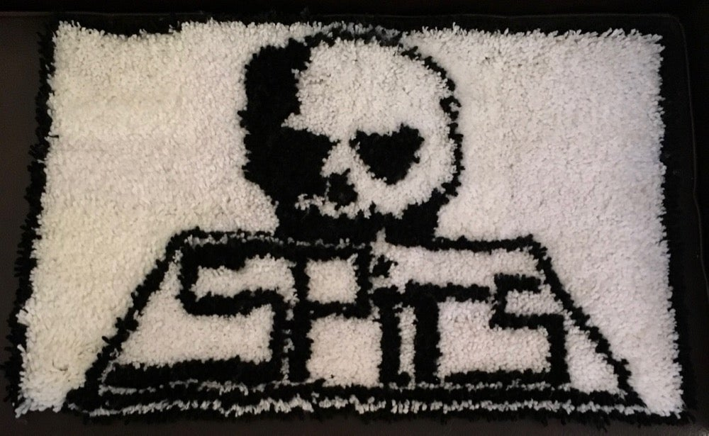 Image of Skull SK8 Latch Hook Rug