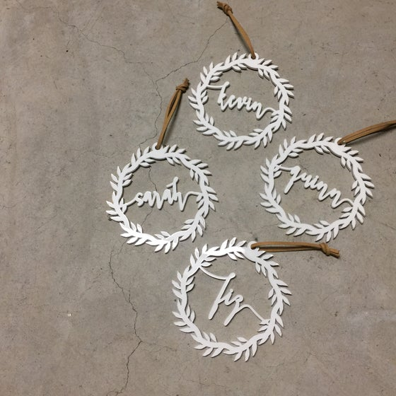 Image of Personalised wreath decorations