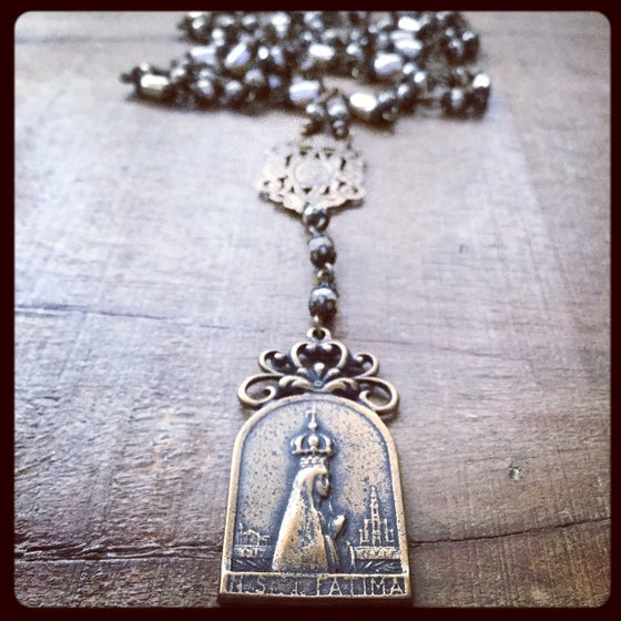 Image of OUR LADY OF FATIMA QUEEN OF PEACE NECKLACE