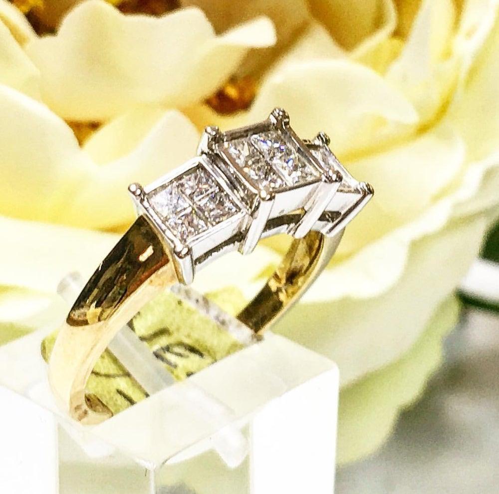 Image of 9 Carat Gold Trilogy Ladies Ring