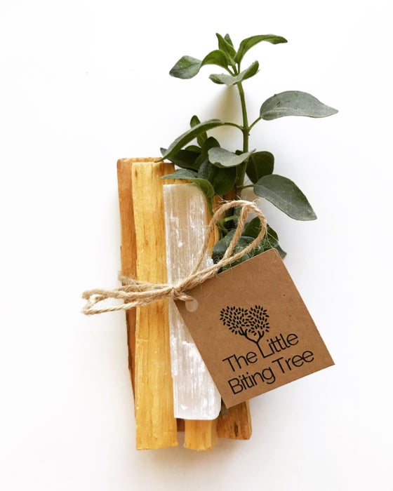Image of Wildcraft Palo Santo & Selenite Bundle