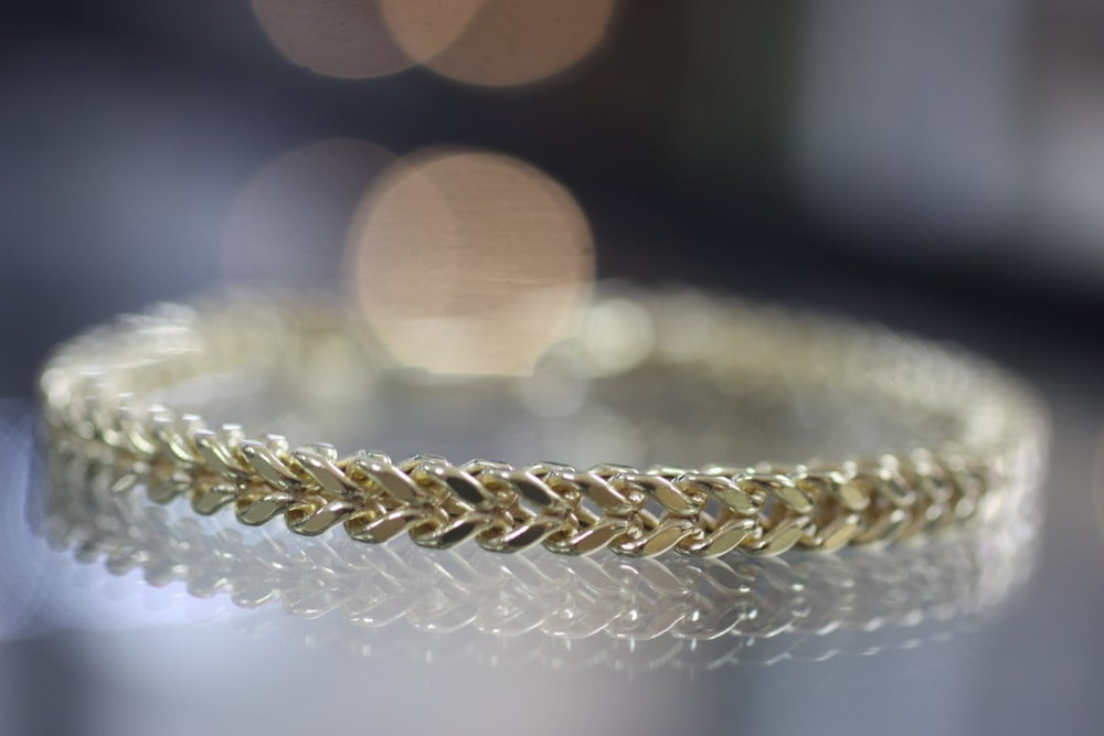 Image of 9 carat Gold Franco Wheat Bracelet