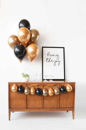 Image of Gilded - Mini Balloon Garland