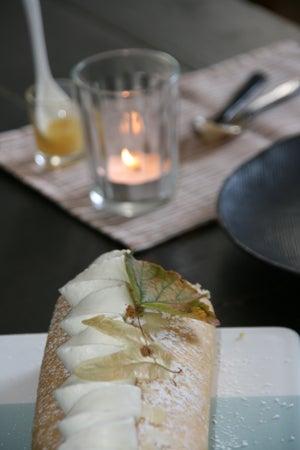 Image of Roulé à la crème de miel ( let's roll Honey)