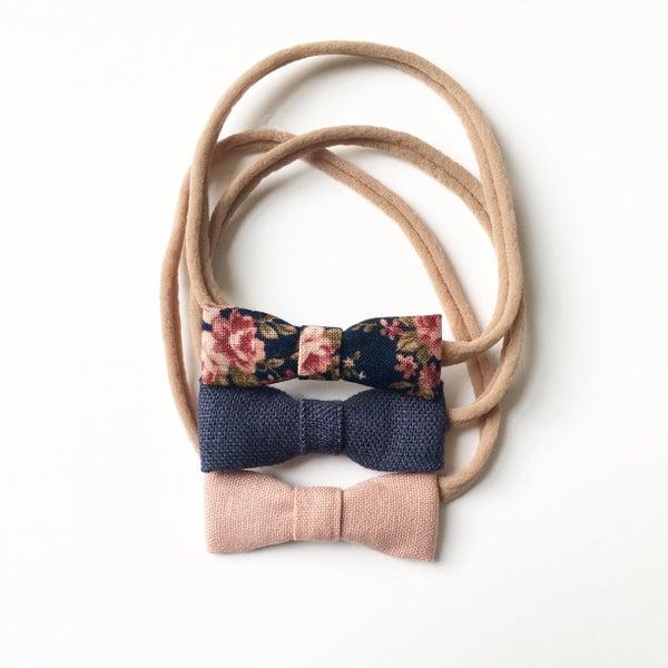 Image of Rose Bow Set