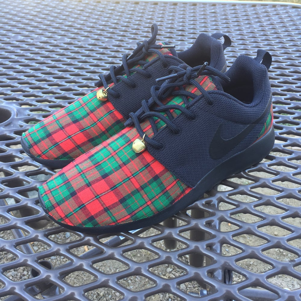 "Image of Custom Nike Roshe One ""Jingle Bells"""