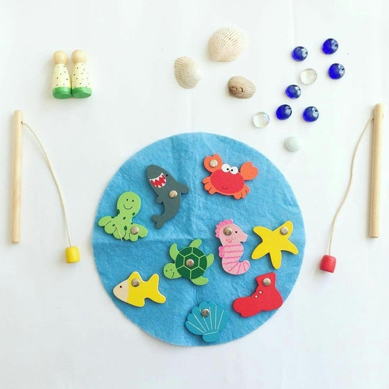 Image of magnetic fishing game