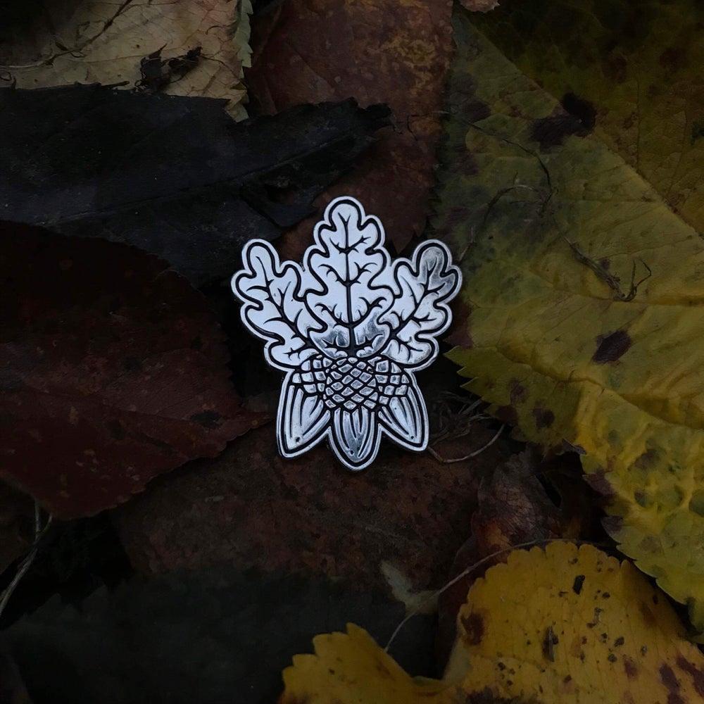 Image of Oak & Acorn Pin