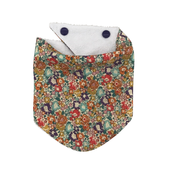 Image of prettty dribble bib