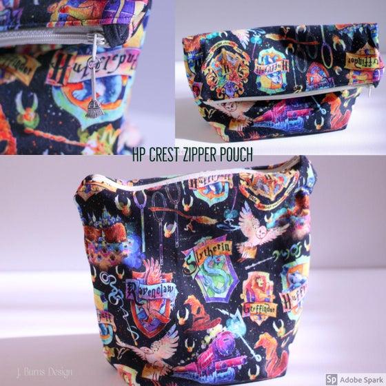 Image of HP Crest Zipper Pouch