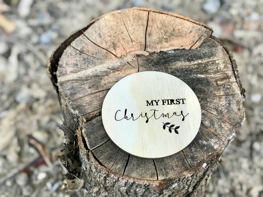 Image of FIRST CHRISTMAS MILESTONE CARD | RAW WOOD