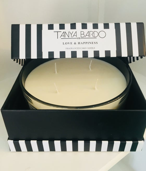 Image of NEW -  Love & Happiness Cake Candle - White Jasmine