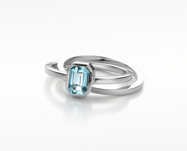 Image of Pure Line ring with aquamarine