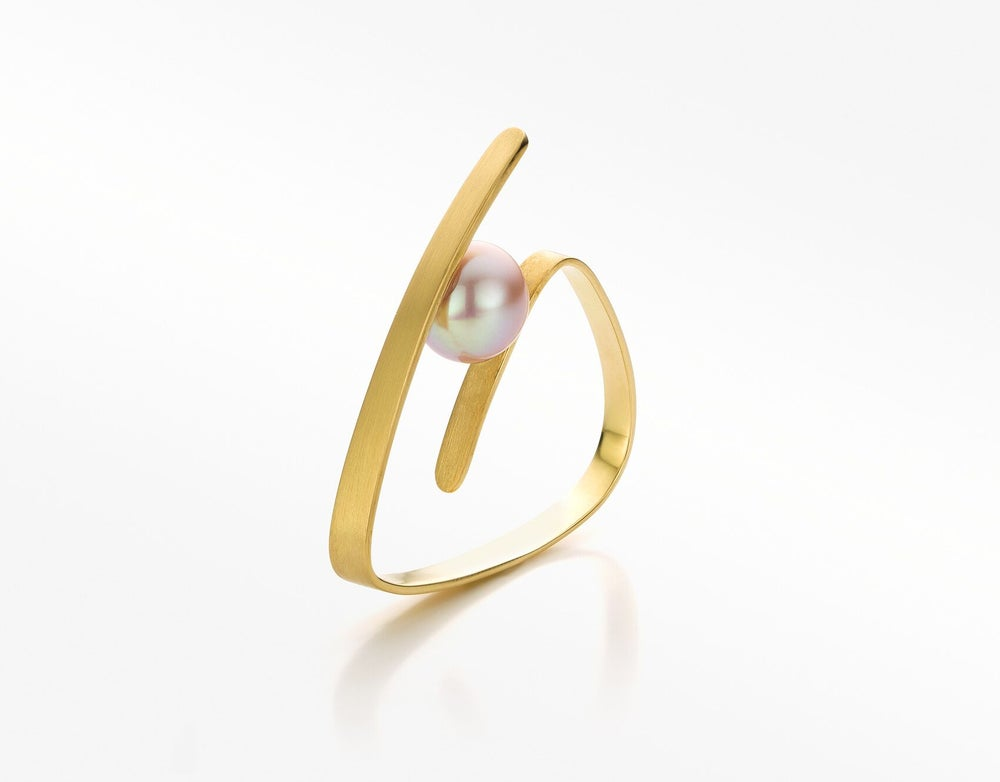 Image of Pure Line ring gold pink pearl