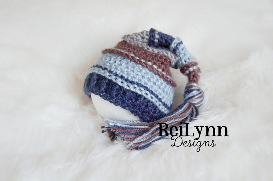 Image of Taupe, Light Country Blue, Navy and Gray Tassel hat