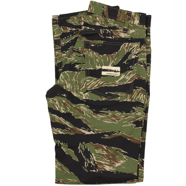 Image of MADE IN USA DOMEstics. Tiger Stripe  CCamo Black/Green.
