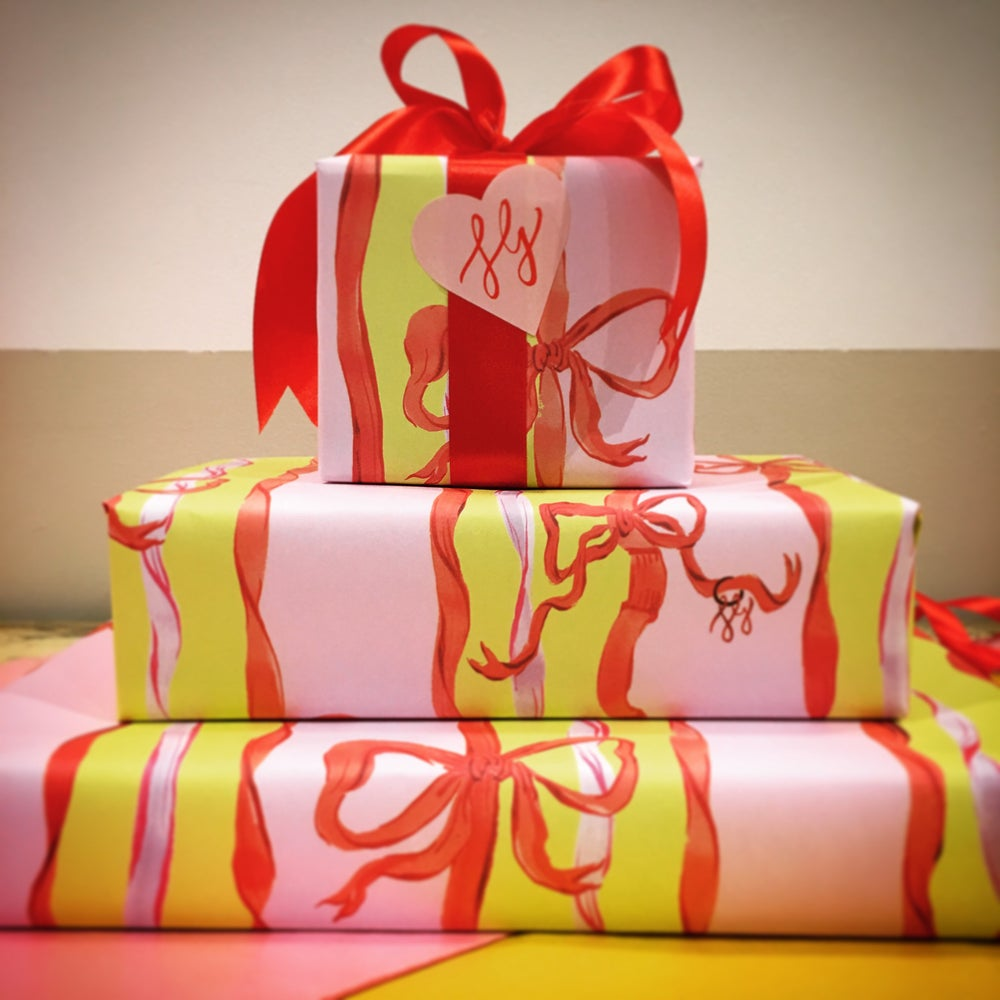 Image of Candy Bows Wrapping Paper (5 sheets)