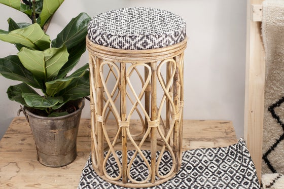 Image of Taburete de bambú