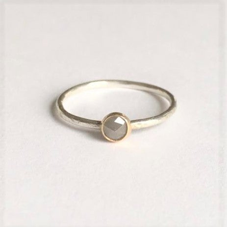 Image of Everyday Diamond in Gold